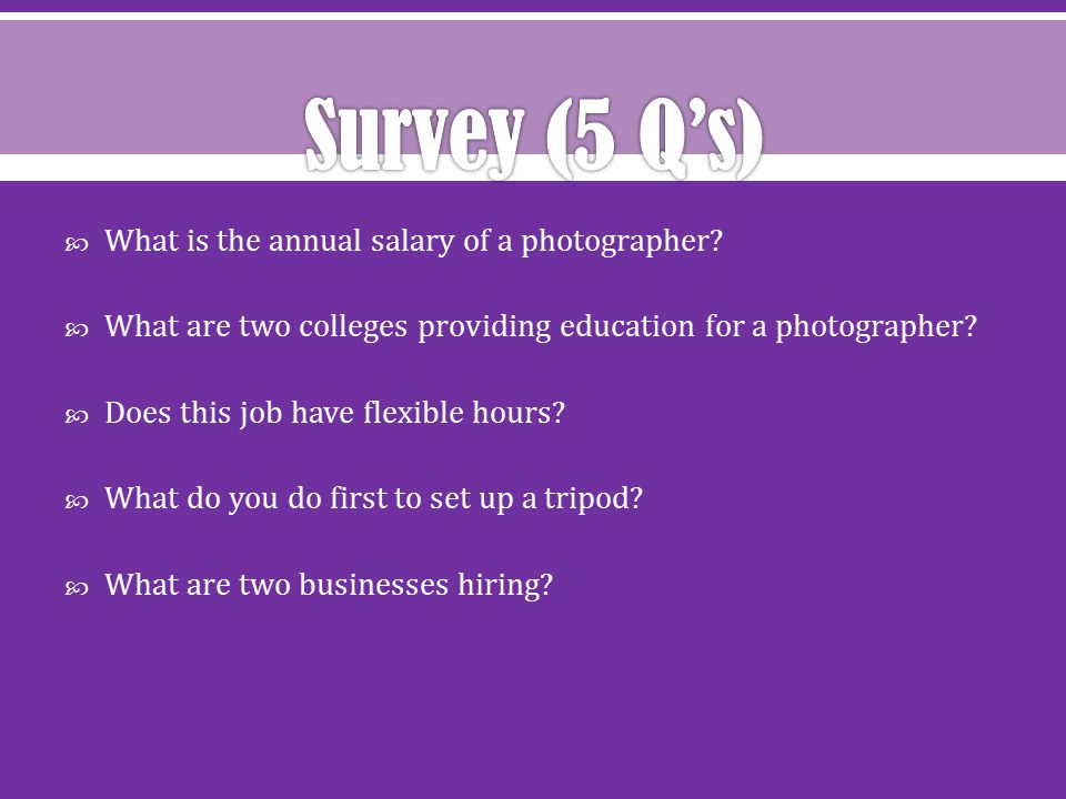  What is the annual salary of a photographer.