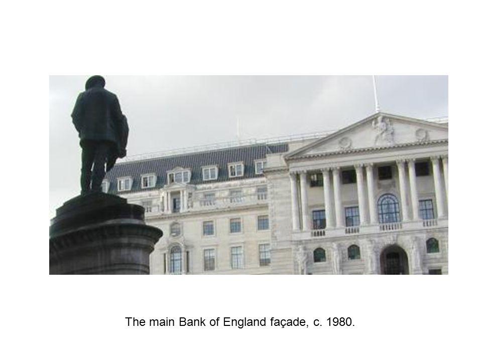 The main Bank of England façade, c. 1980.