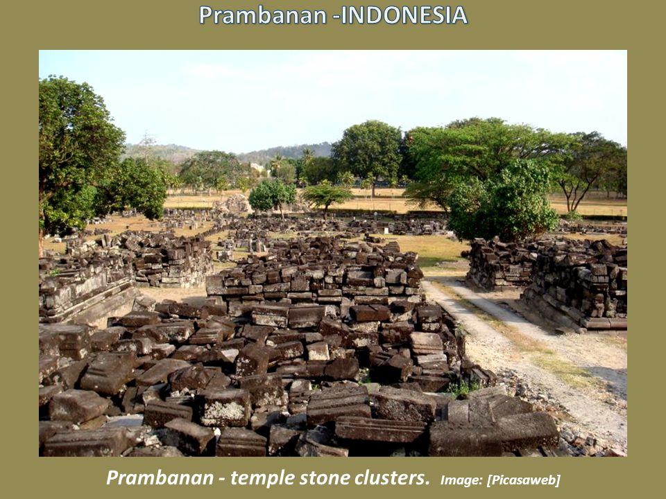 Bas-Relief at Prambanan. Image: Jungle_Boy [Flickr]