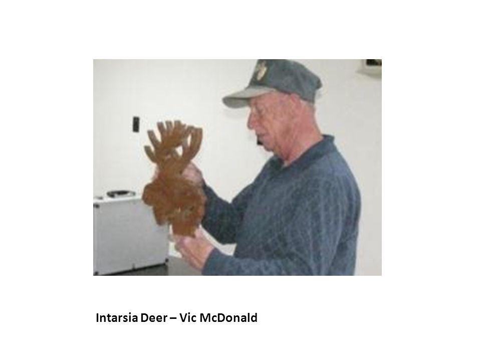 Intarsia Deer – Vic McDonald