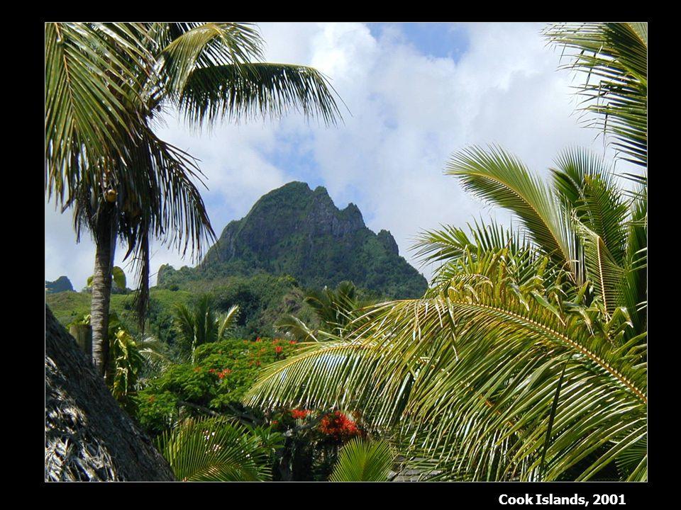 Cook Islands, 2001