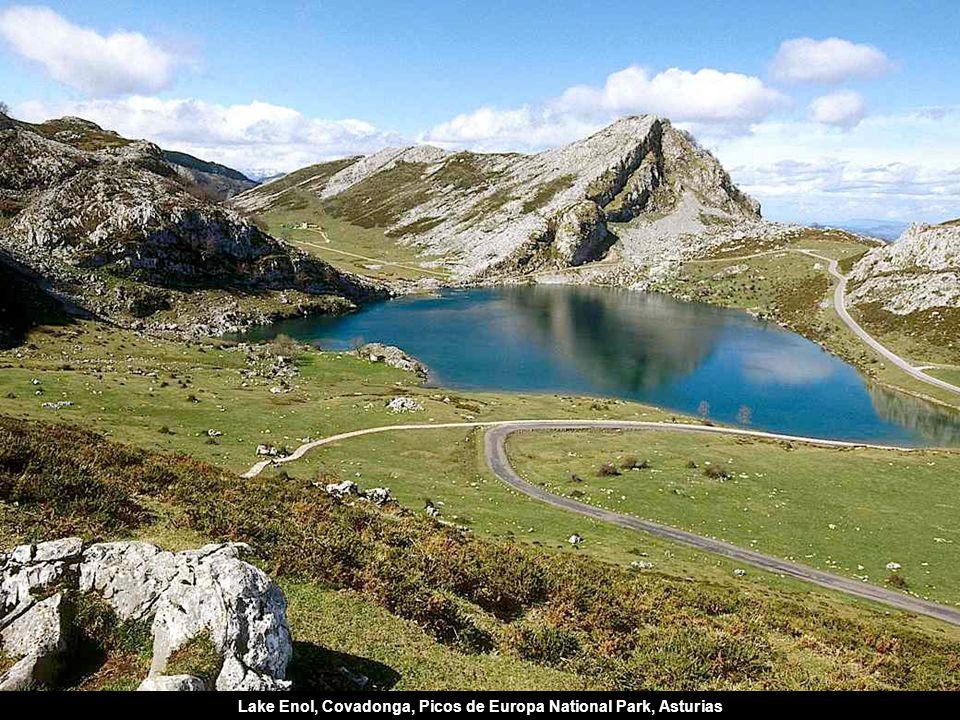Lake Enol, Covadonga, Picos de Europa National Park, Asturias