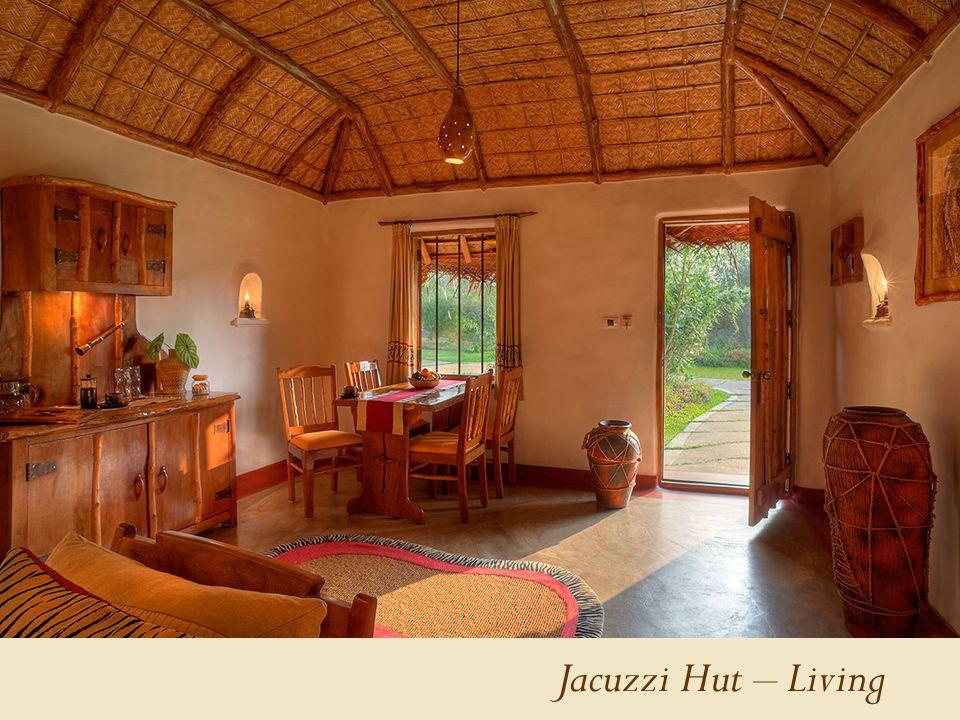 Jacuzzi Hut – Living