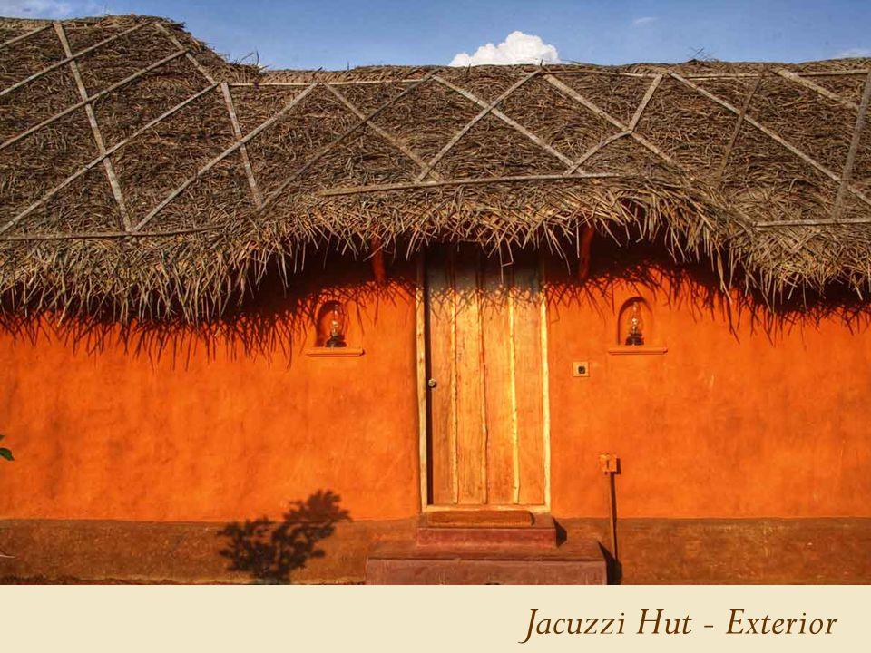 Jacuzzi Hut - Exterior