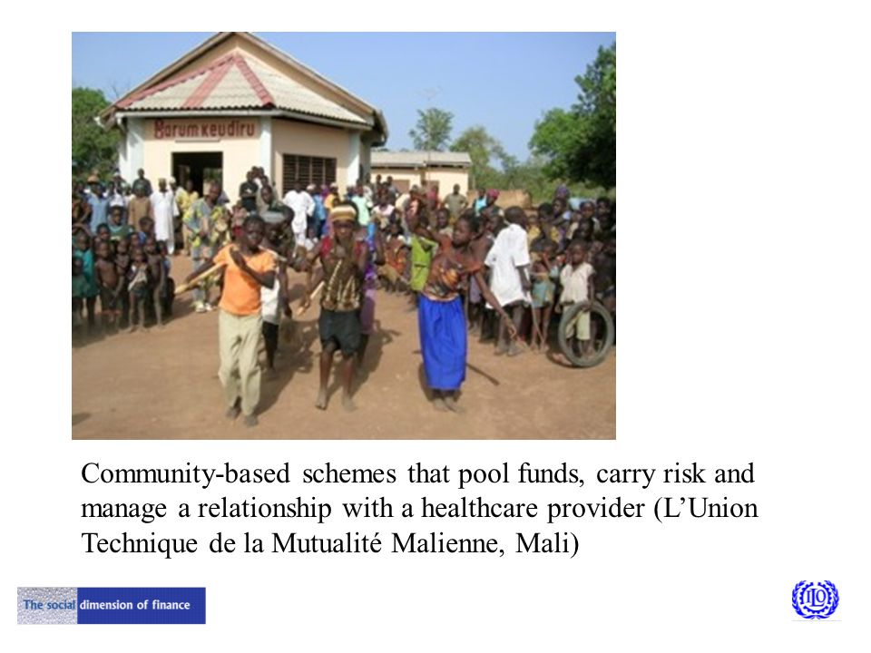 Community-based schemes that pool funds, carry risk and manage a relationship with a healthcare provider (L'Union Technique de la Mutualité Malienne, Mali)