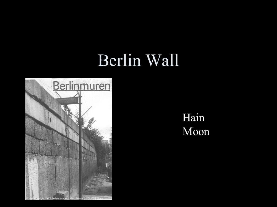 Berlin Wall Hain Moon