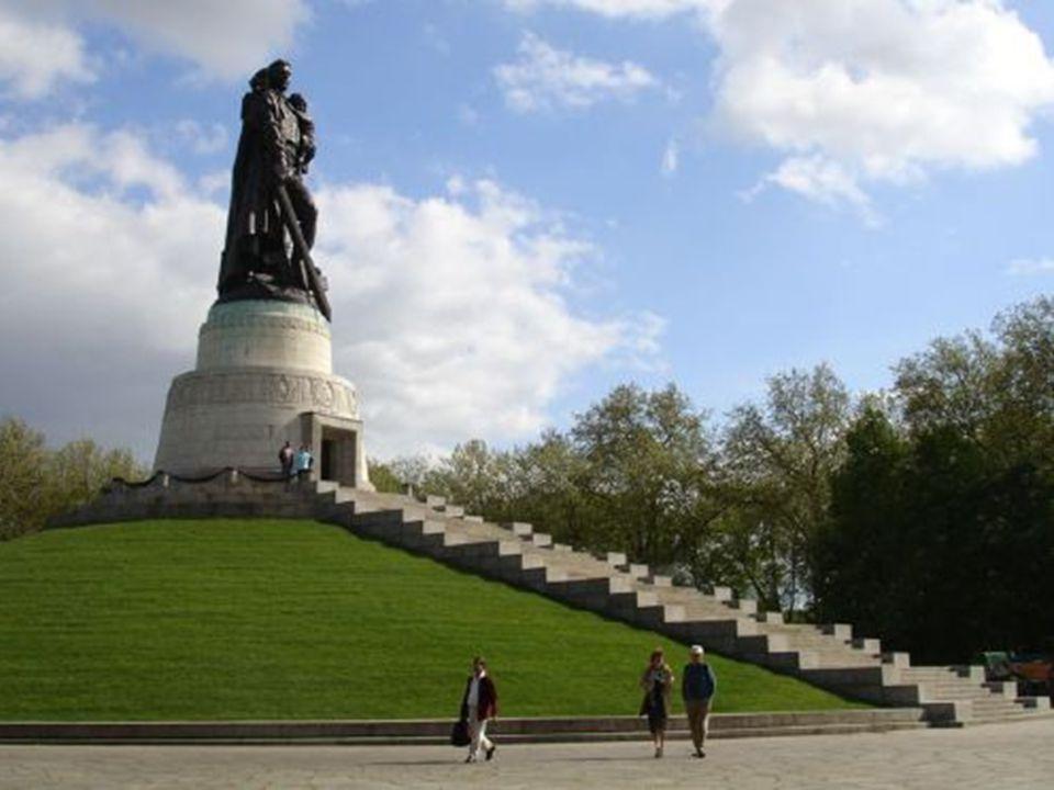 Soviet War Memorial, Treptower Park, Berlin. Soviet War Memorial, Treptower Park, Berlin.