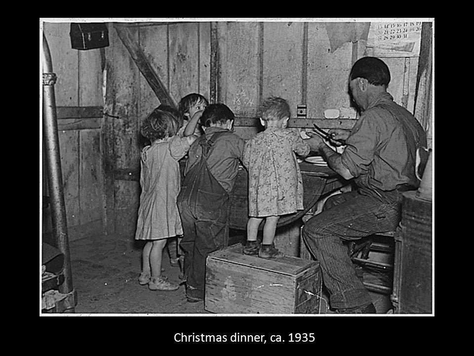 Christmas dinner, ca. 1935