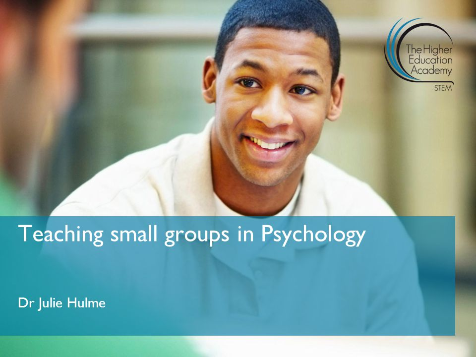 Dr Julie Hulme Teaching small groups in Psychology