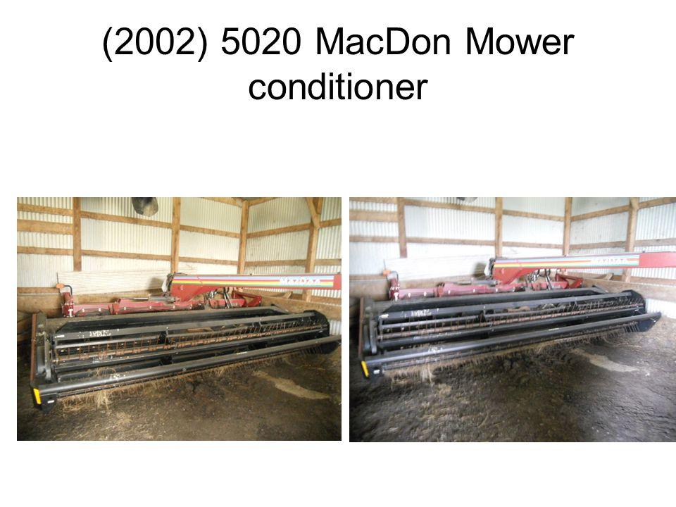 (2002) 5020 MacDon Mower conditioner