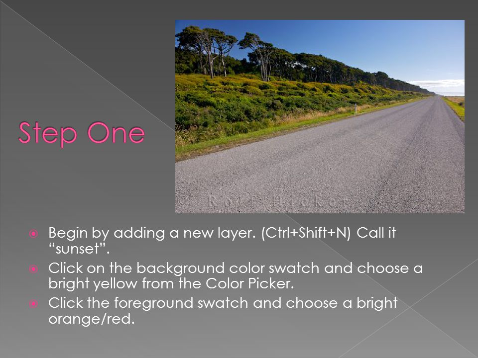  Choose the Gradient Tool and select Foreground to Background.