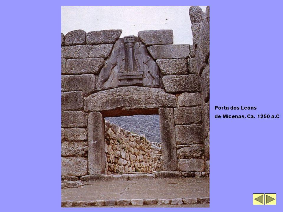 Porta dos Leóns de Micenas. Ca. 1250 a.C
