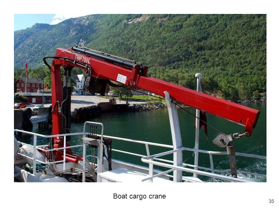 35 Boat cargo crane
