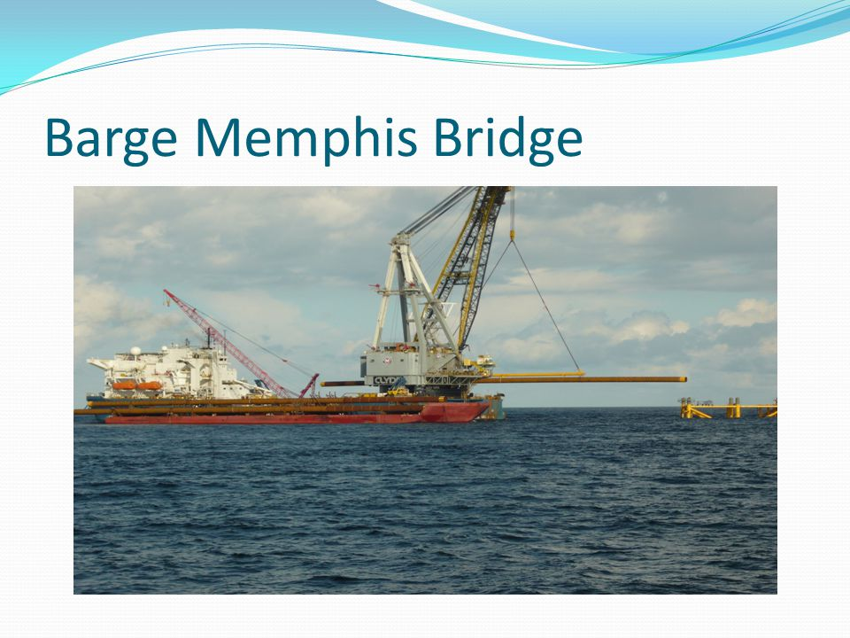 Barge Memphis Bridge