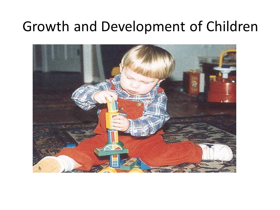 Growth Patterns The child ' s pattern of growth is in a head-to-toe direction, or cephalocaudal, and in an inward to outward pattern called proximodistal.
