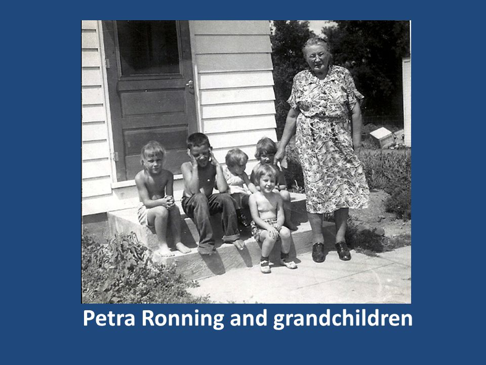 Petra Ronning and grandchildren