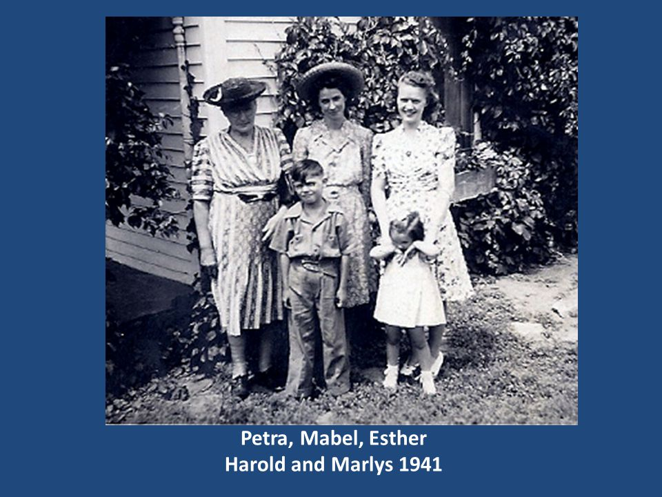 Petra, Mabel, Esther Harold and Marlys 1941