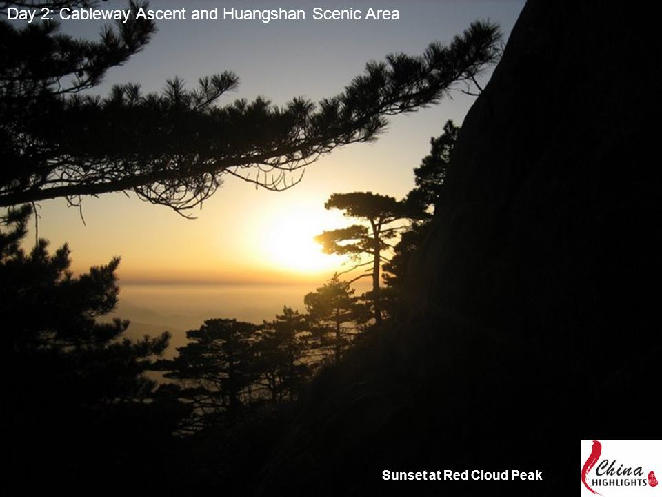 Day 2: Cableway Ascent and Huangshan Scenic Area Sunset at Red Cloud Peak
