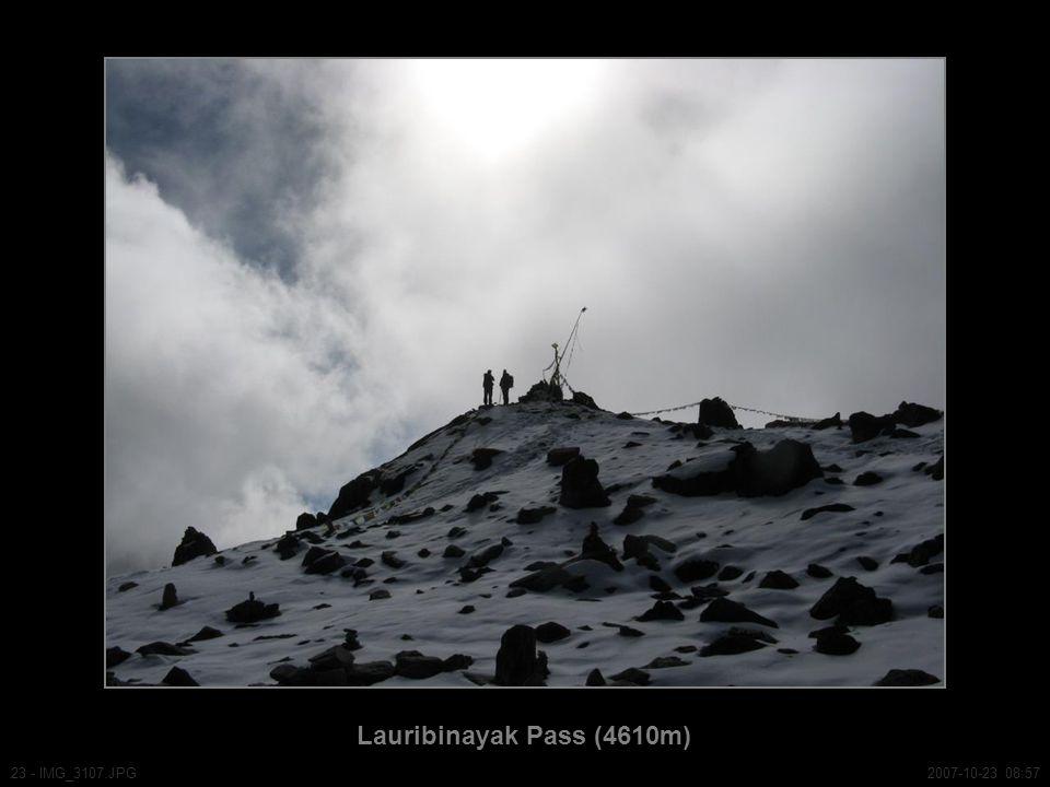 Lauribinayak Pass (4610m) 23 - IMG_3107.JPG2007-10-23 08:57