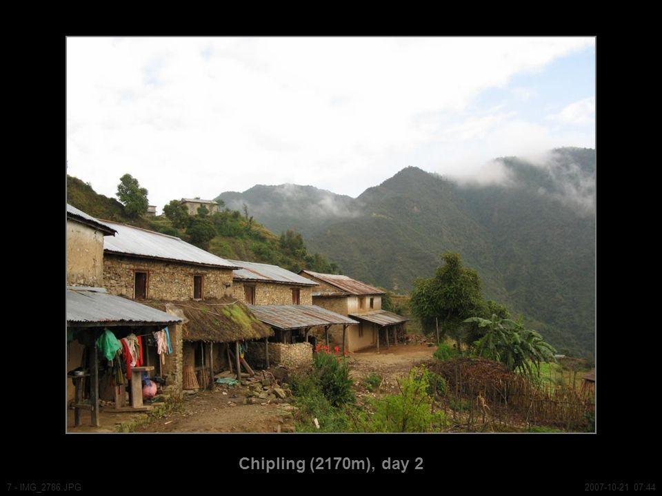 Chipling (2170m), day 2 7 - IMG_2786.JPG2007-10-21 07:44
