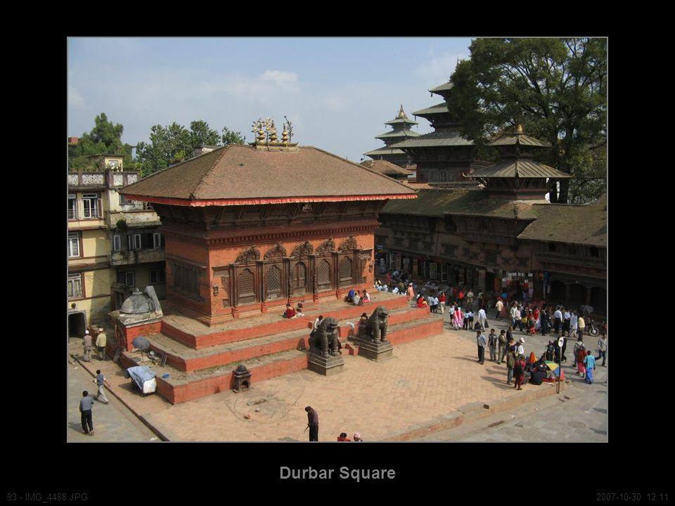 Durbar Square 93 - IMG_4488.JPG2007-10-30 12:11