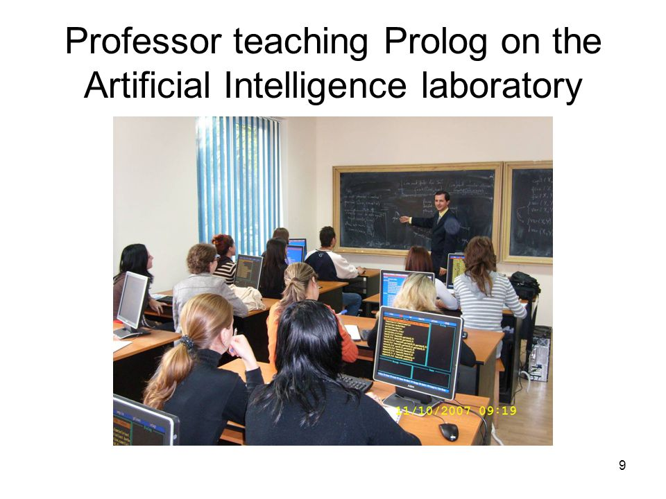 9 Professor teaching Prolog on the Artificial Intelligence laboratory