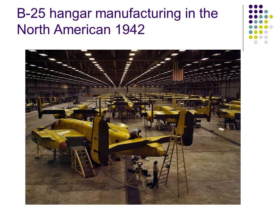 B-25 s final assembly line 1942