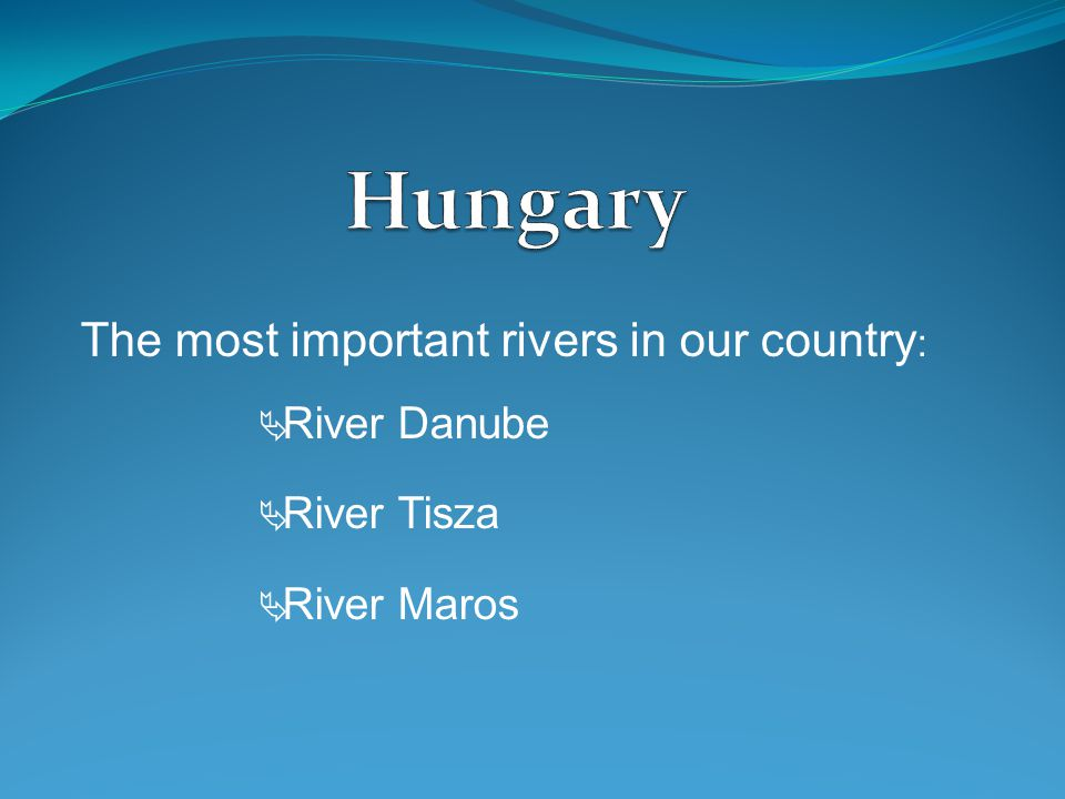People living next to the rivers had advantages because of the water.