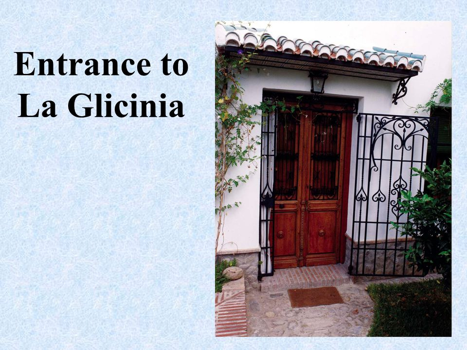 Entrance to La Glicinia