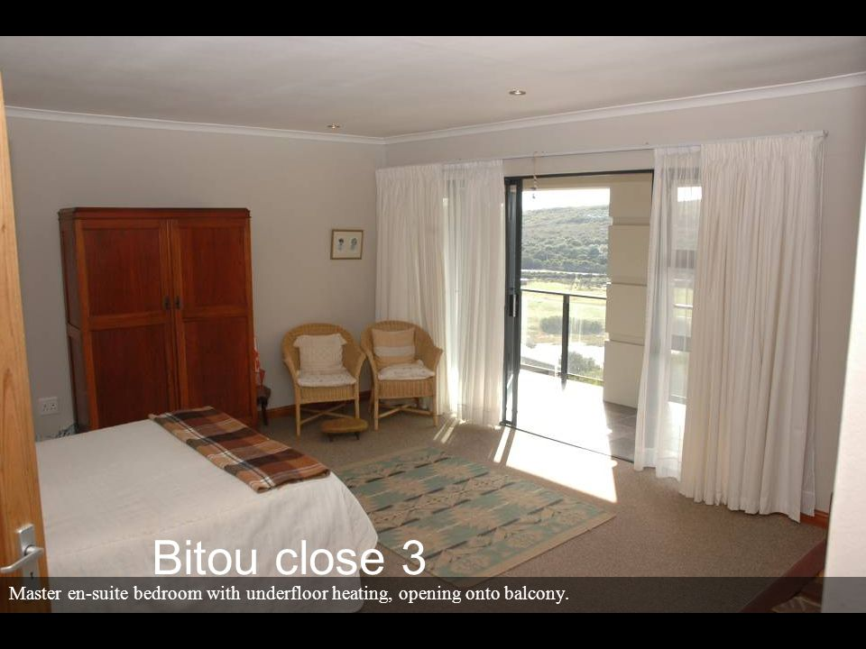Master en-suite bedroom with underfloor heating, opening onto balcony. Bitou close 3