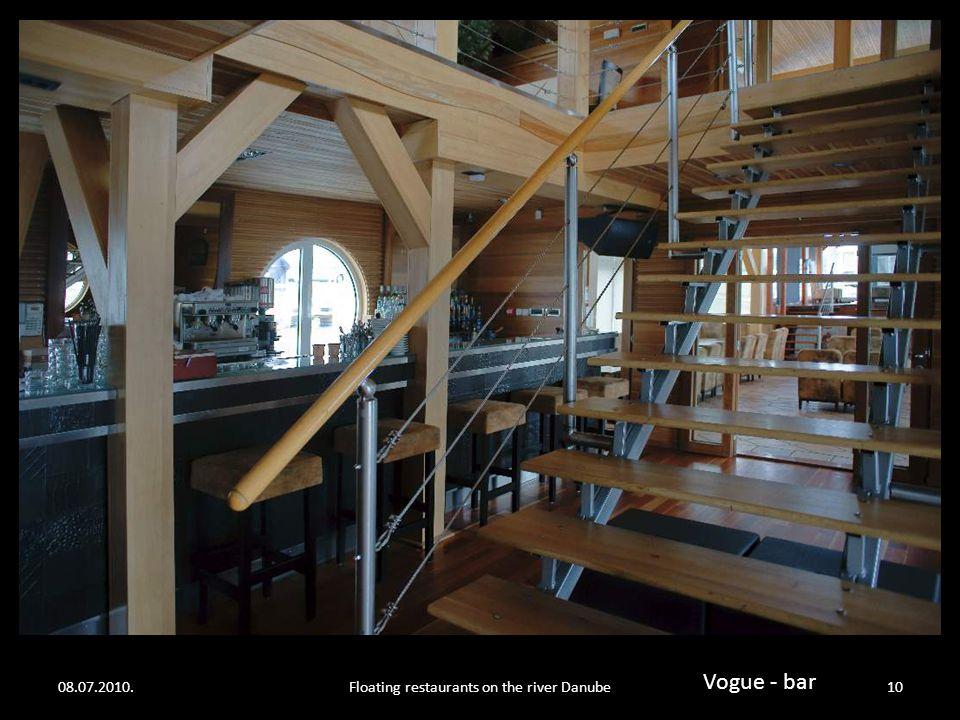 08.07.2010.Floating restaurants on the river Danube9 Vogue - Bar