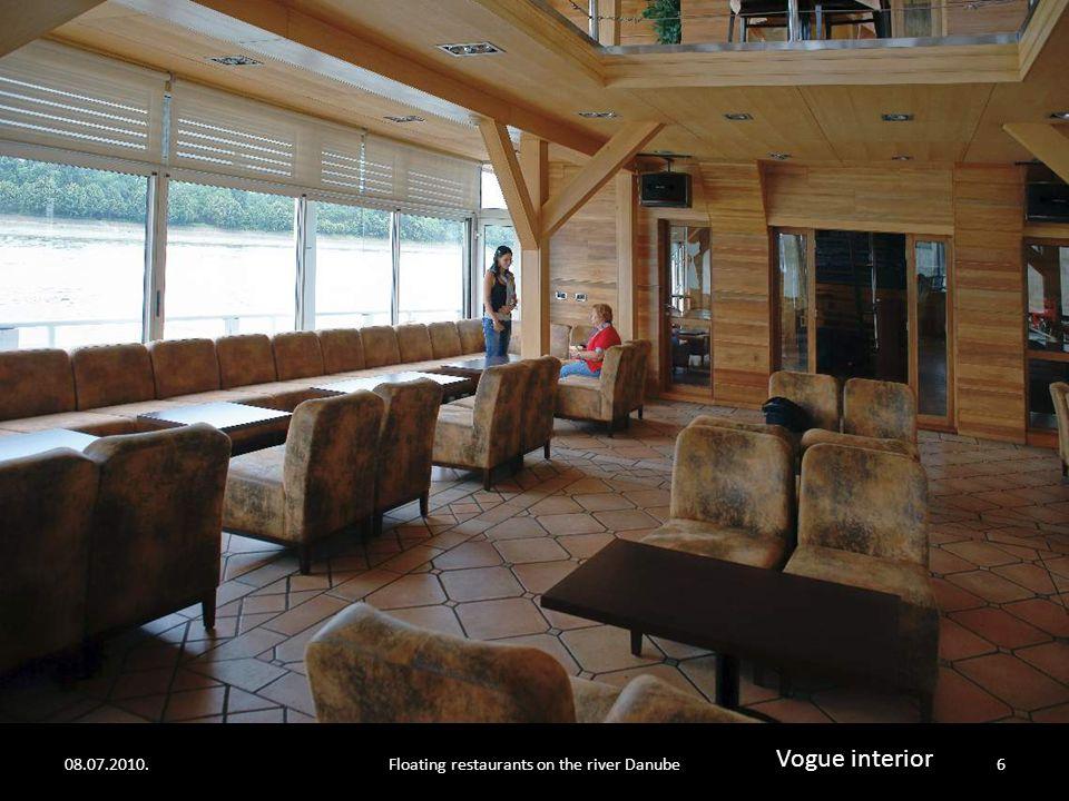 08.07.2010.Floating restaurants on the river Danube5 Vogue interior
