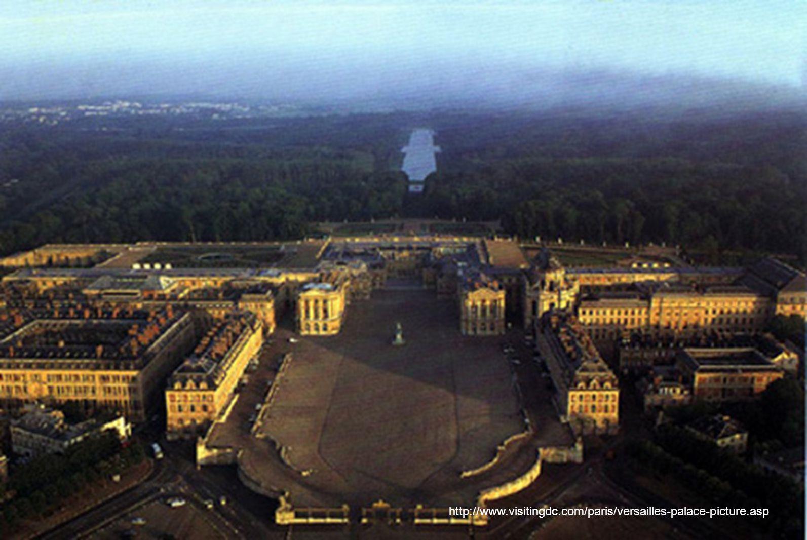 http://www.visitingdc.com/paris/versailles-palace-picture.asp