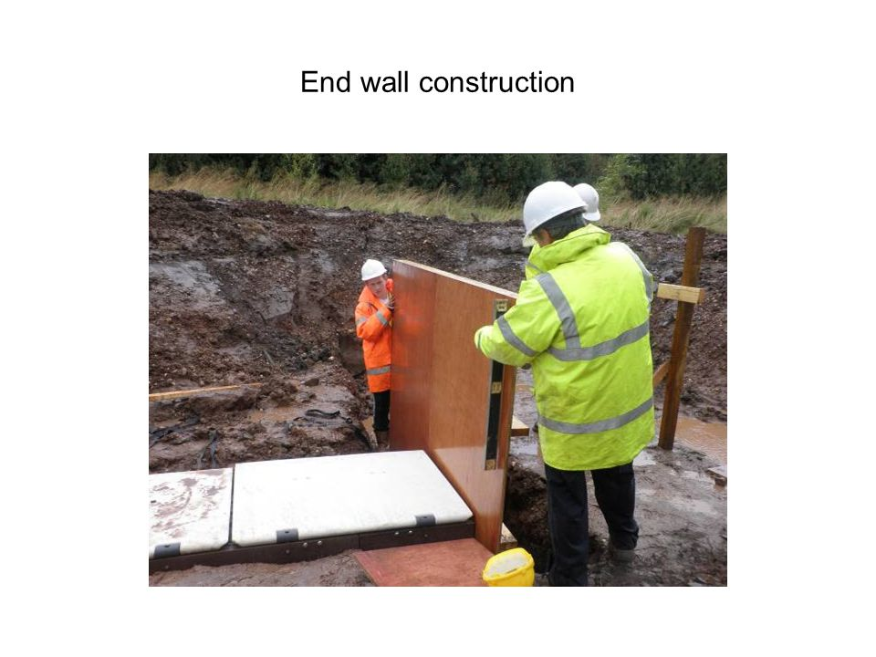 End wall construction