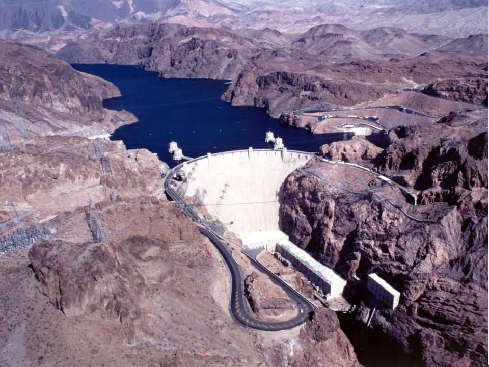 Boulder (Hoover) Dam Location: AZ & NV Built: 1931-1936 Cost: $165 million Employed: 8,000 workers Purpose: Hydroelectric/ Flood control Boulder (Hoov