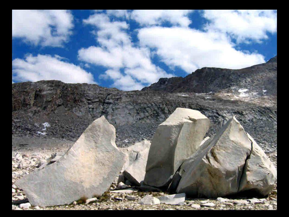 Weathering Landform  Chemical weathering rounds rocks--physical weathering generates angular rocks.