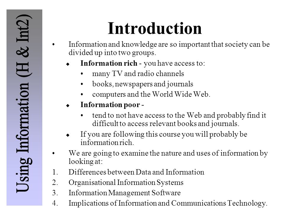 Classes of Software There are five classes of software:  Presenting information for print media  Presenting information for on-line media  Spreadsheet (data handling)  Project management  Personal information management