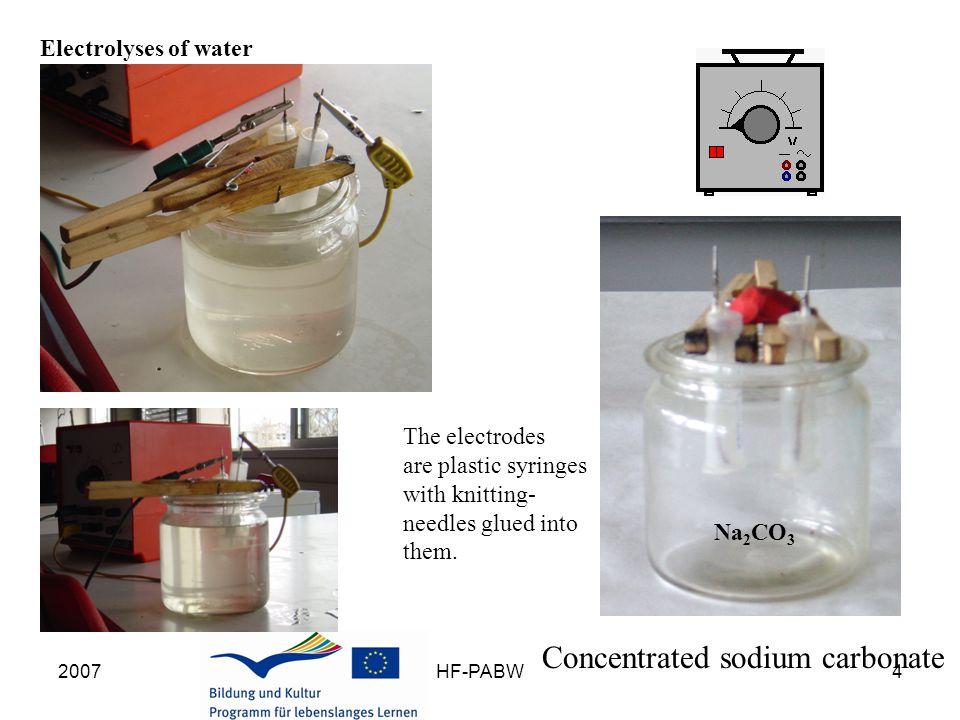 2007HF-PABW15 Fuel cell - Elektrolyseur Fuel cell: voluntary process at U 0 = 1,40 V Oxidation: 2H 2  4H + + 4 e - Reduction: O 2 + 4e - + 2H 2 O  4 OH - Sum: 2H 2 + O 2  2H 2 O + energy Elektrolysis cell: forced process bei U 0 > 1,40 V Reduction: 4H + + 4 e -  2H 2 Oxidation: 4 OH -  O 2 + 4e - + 2H 2 O Sum: 2 H 2 O + energy  2H 2 + O 2