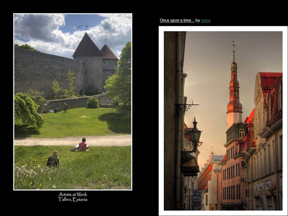 Green Tallinn by EstelleEstelle Bright colours in Tallinn by EstelleEstelle