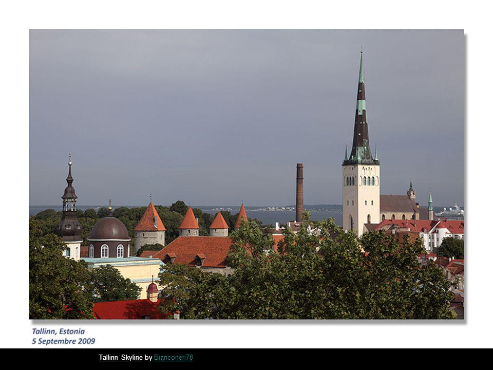 Old Square in Tallinn by Bianconeri78Bianconeri78