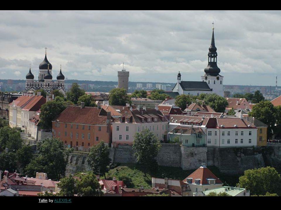Alexander Nevsky Cathedral, Tallinn by daygundaygun