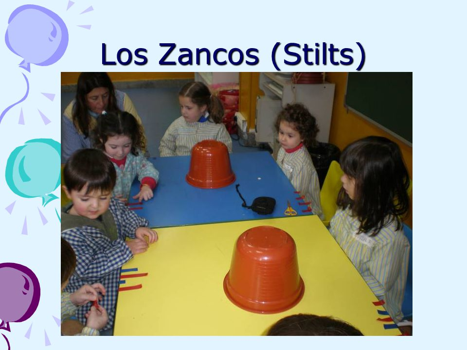 Los Zancos (Stilts)