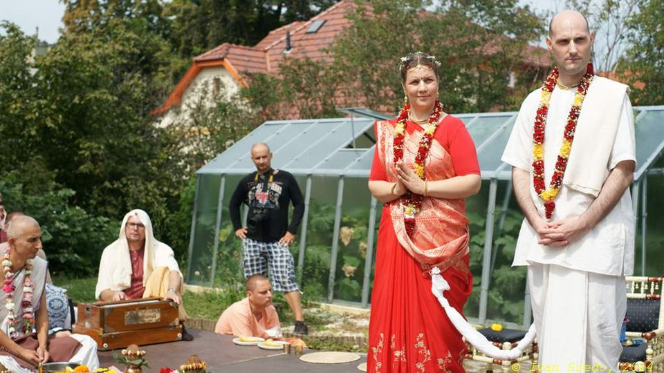 2015. 05. 04. Krishna wedding ceremony, 23.08.2014 Budapest 7 Indication: you are a wife