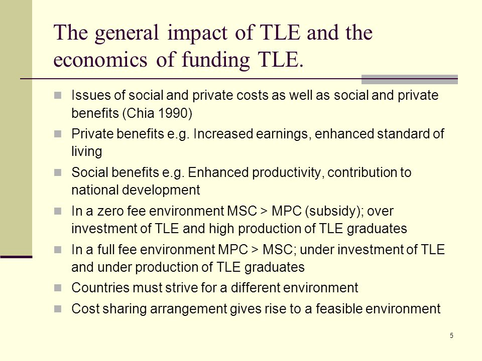6 T&T Economy & TLE Oil and gas sector is the principal source of T&T government revenue.