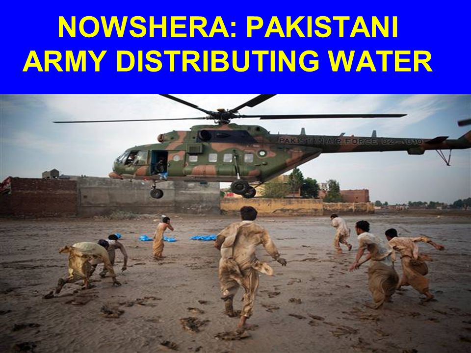 NOWSHERA: PAKISTANI ARMY DISTRIBUTING WATER