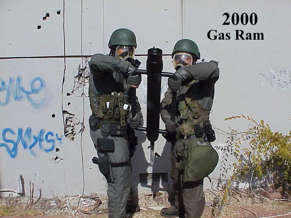 2000 Gas Ram