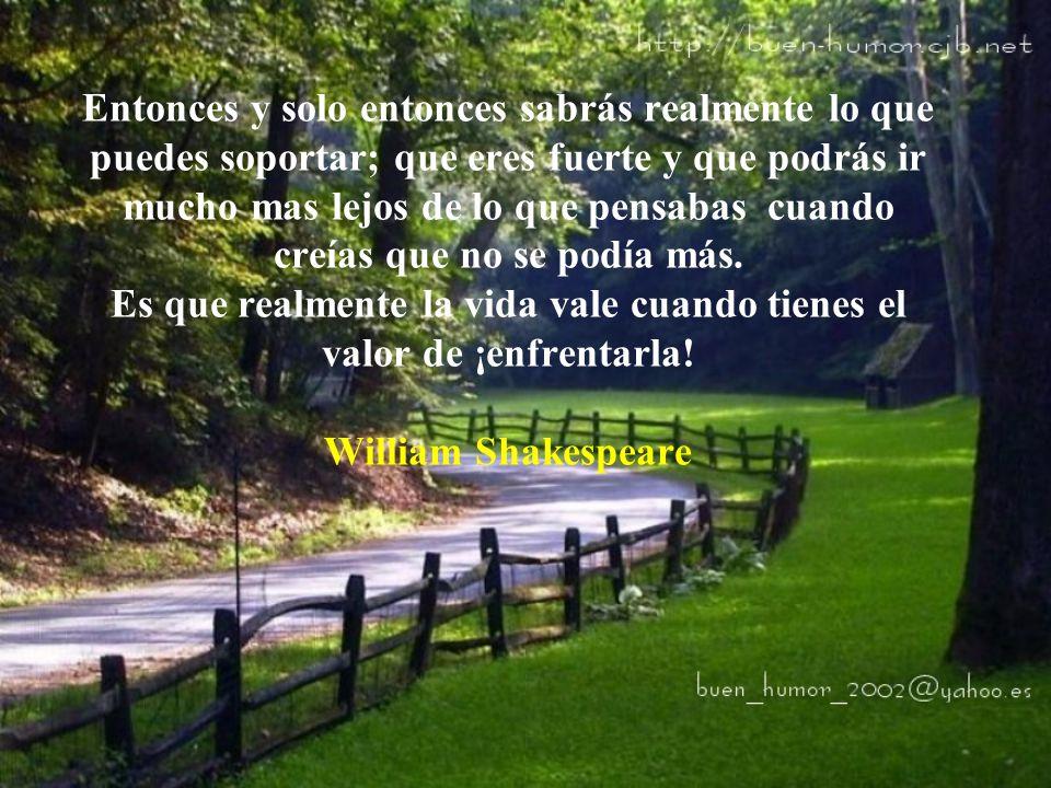 Aprenderás que no importa en cuantos pedazos tu corazón se partió, el mundo no se detiene para que lo arregles...