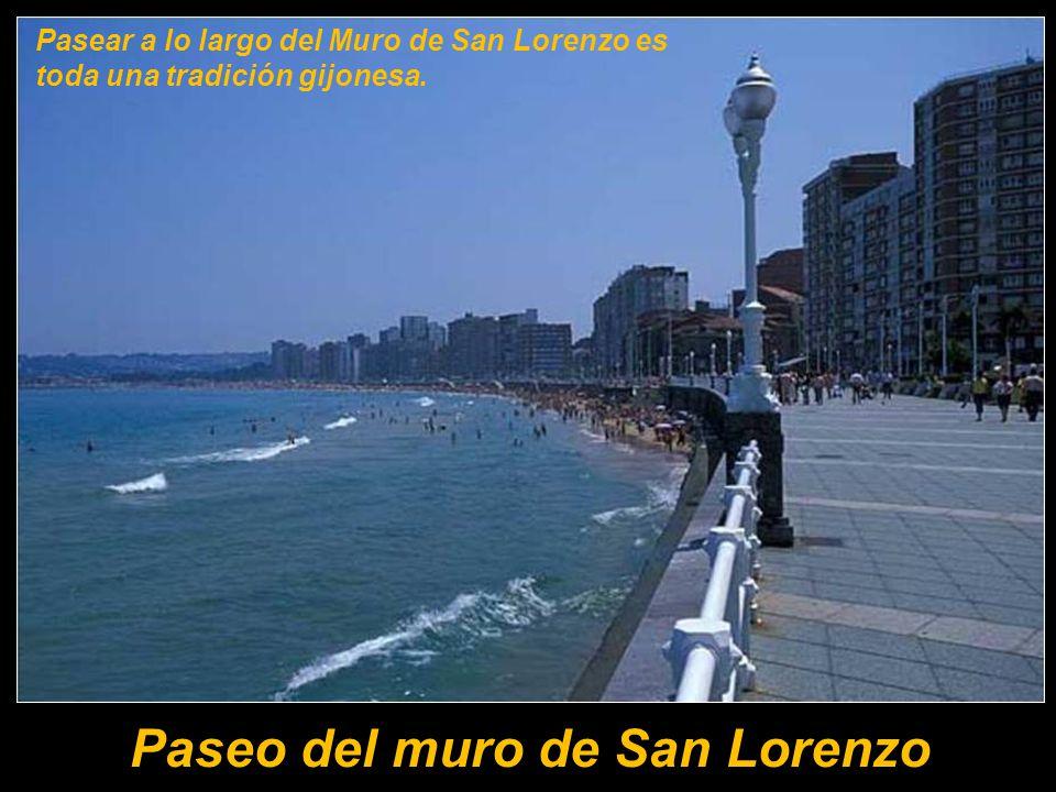 Gijón es villa marinera e industrial.