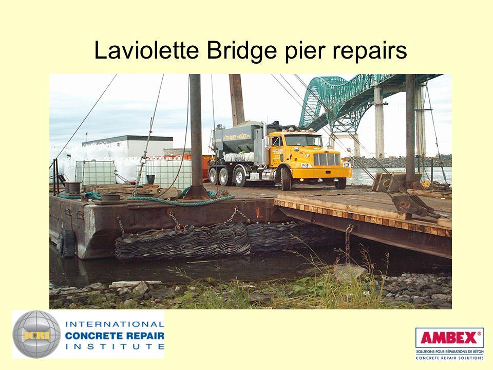 Laviolette Bridge pier repairs