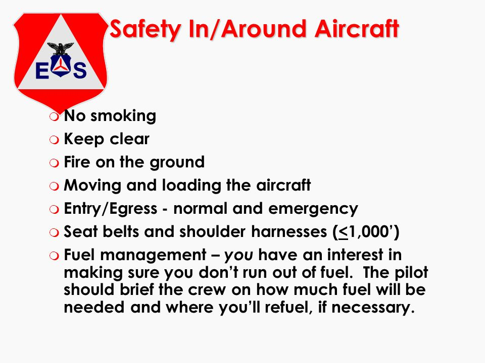 Flying into and taxiing on unfamiliar airports m Small, non-towered, unlighted airports Runways Taxiways Obstacles Services Local NOTAMS